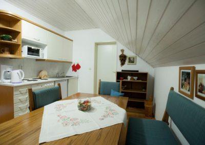 Apartments Ladka - APARTMENT WITH BALCONY