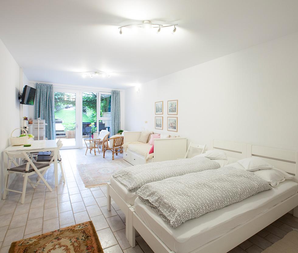 Family Apartment: APARTMENTS LADKA