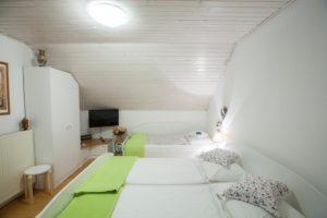 Apartments Ladka - APARTMENT WITH BALCONY 1